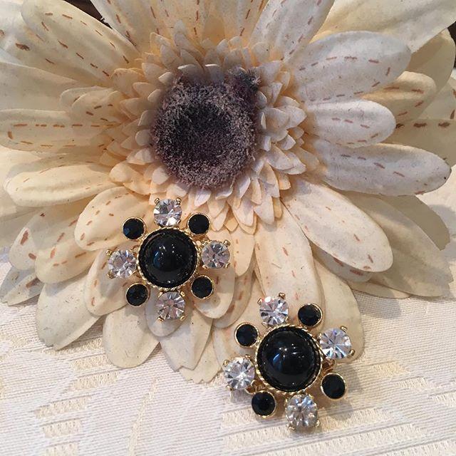 Boucles d'Oreilles Fantaisie Clips SPHINX - Fleur